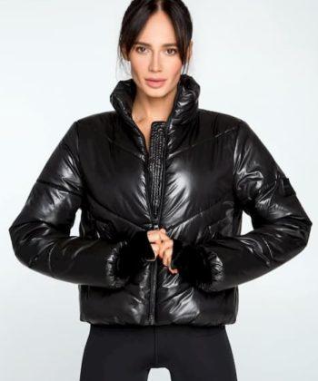 Куртка спортивная женская черного цвета Puffer Black