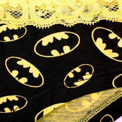Трусики женские Бэтмен детали