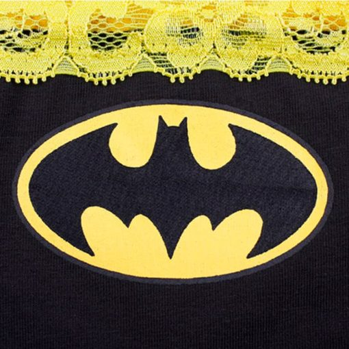 Женские трусики Бэтмен детали - эмблема