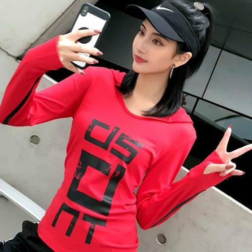 Лонгслив с капюшоном женскийский красный Dissident фото 3