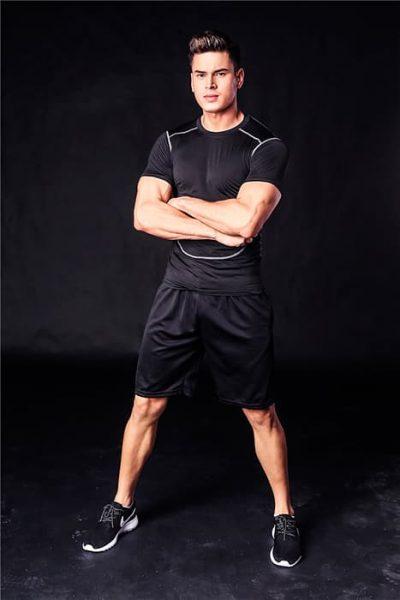 Костюм спортивный мужской. Шорты и футболка